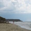 Пляж в поселке Волна в непогоду